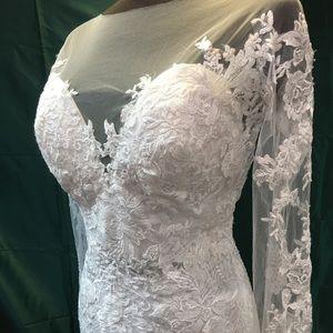 Beautiful Brand New Wedding Gown
